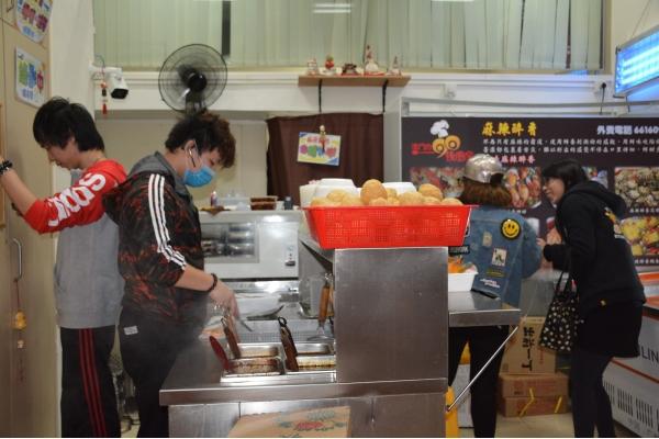 【企業診斷】麻辣食店災後迎難上 三月收支平衡