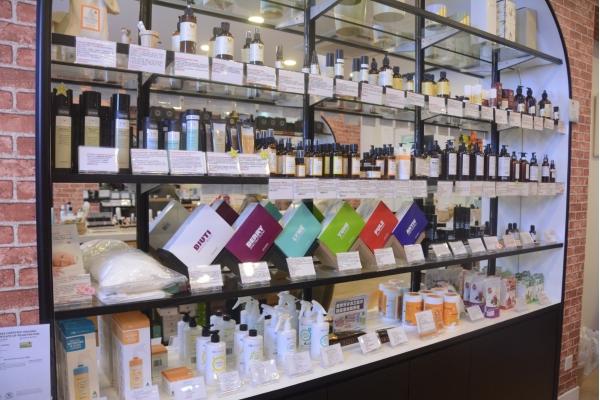【企業診斷】護膚品網店開到實體 下一站美容院