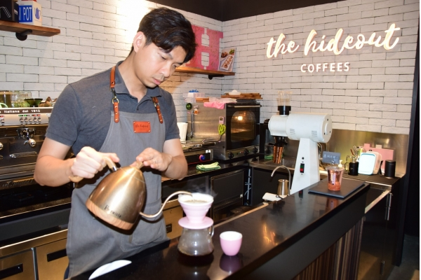 【企業診斷】專業人士回流賣精品咖啡