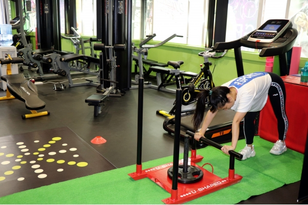 【企業診斷】三人斥四十萬開小型健身中心