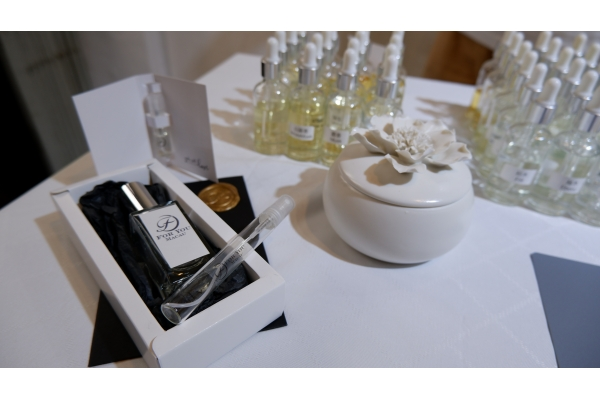【企業診斷】情侶開香水工作室 主打訂製香水