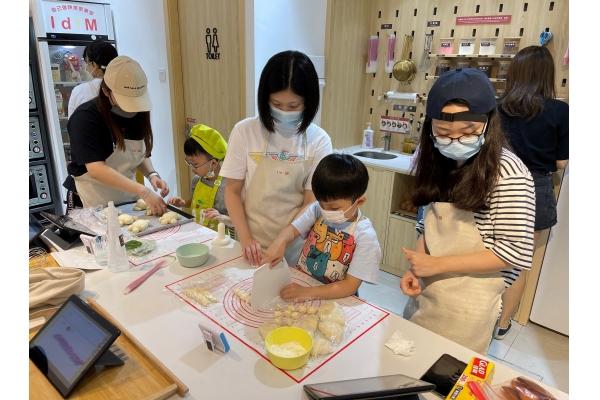 【企業診斷】九○後引入台DIY蛋糕店 澳人受落